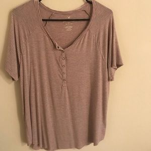 American Eagle Henley T-shirt - Large (Like New)
